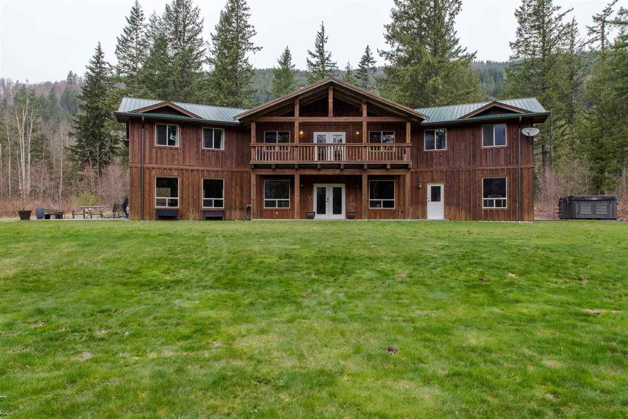 Main Photo: 1191 MAPLE ROCK Drive in Chilliwack: Columbia Valley House for sale (Cultus Lake)  : MLS®# R2523287