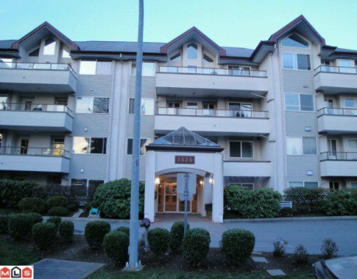 "Main Photo: 405 2526 LAKEVIEW Crescent in Abbotsford: Central Abbotsford Condo for sale in ""Mill Spring Manor"" : MLS®# F1005355"