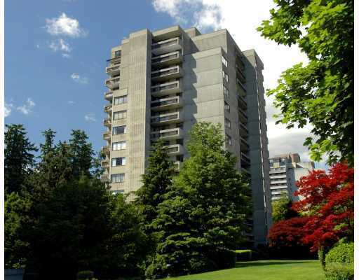 "Main Photo: 1406 6689 WILLINGDON Avenue in Burnaby: Metrotown Condo for sale in ""KENSINGTON HOUSE"" (Burnaby South)  : MLS®# V752749"