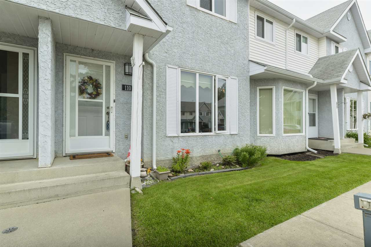 Main Photo: 110 5 ABERDEEN Way: Stony Plain Townhouse for sale : MLS®# E4168313