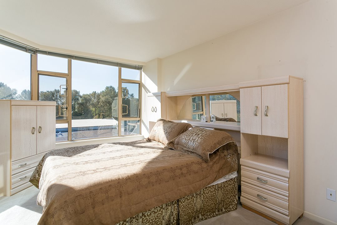 """Photo 9: Photos: 713 1327 E KEITH Road in North Vancouver: Lynnmour Condo for sale in """"Carlton at the Club"""" : MLS®# R2411923"""