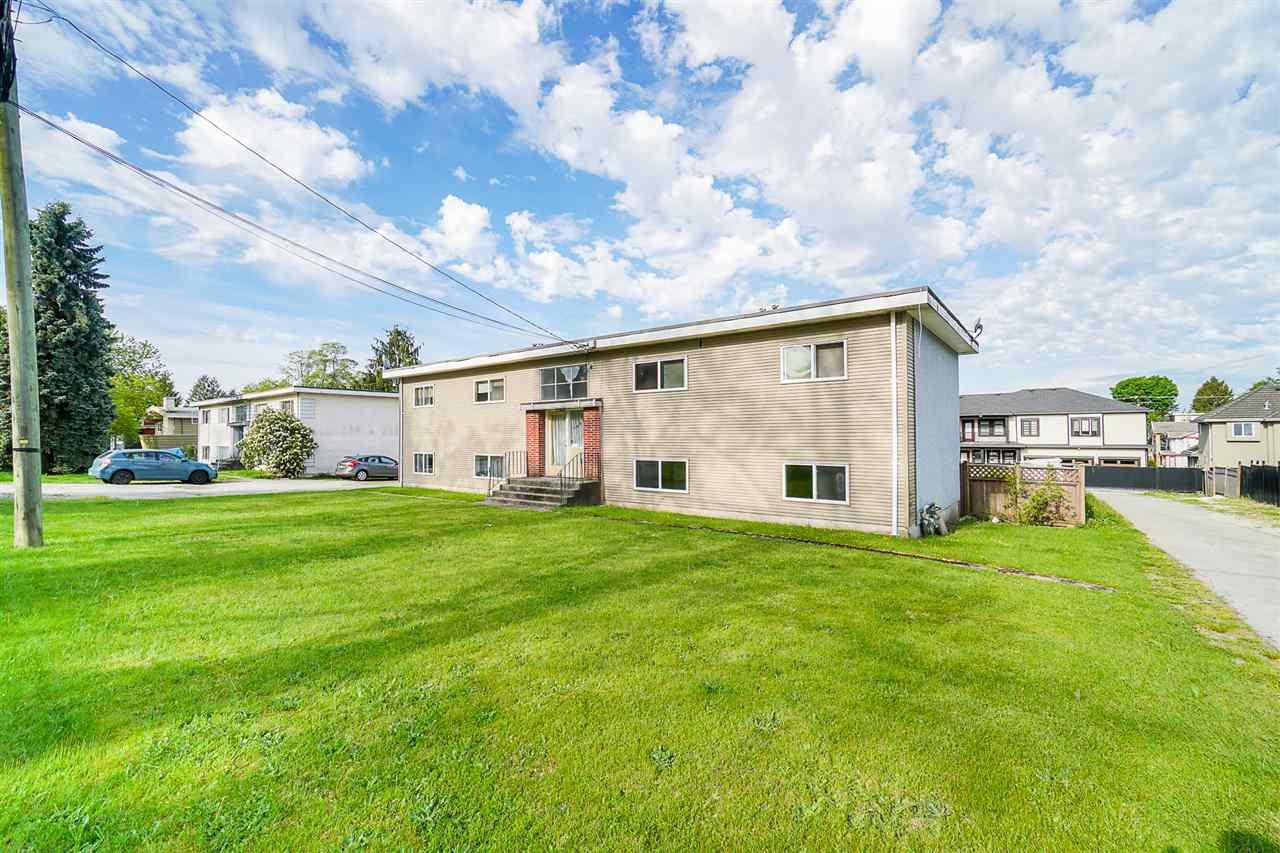 Main Photo: 10295 128A Street in Surrey: Cedar Hills House Fourplex for sale (North Surrey)  : MLS®# R2455896