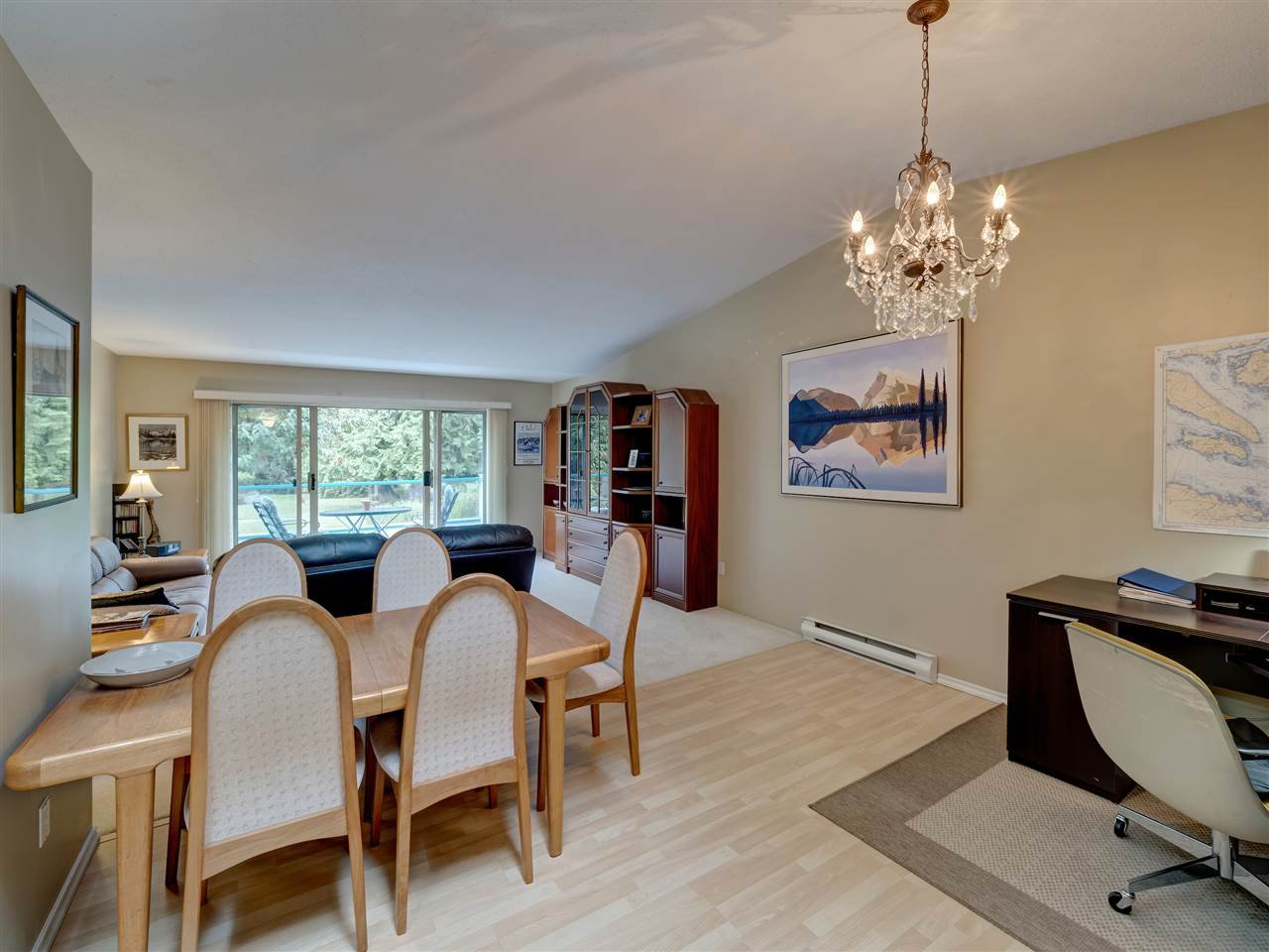 """Photo 10: Photos: 41 555 EAGLECREST Drive in Gibsons: Gibsons & Area Townhouse for sale in """"GEORGIA MIRAGE"""" (Sunshine Coast)  : MLS®# R2485008"""