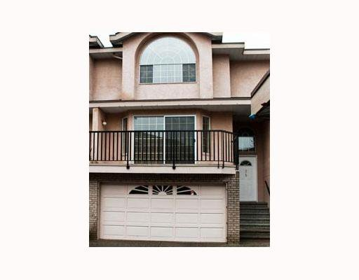 "Main Photo: 35 22488 116TH Avenue in Maple Ridge: East Central Townhouse for sale in ""RICHMOND HILL"" : MLS®# V801990"