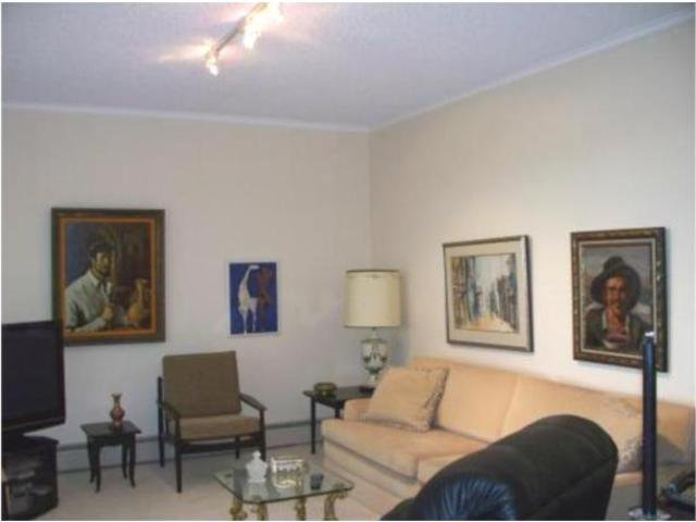 Photo 6: Photos:  in WINNIPEG: River Heights / Tuxedo / Linden Woods Condominium for sale (South Winnipeg)  : MLS®# 1000375