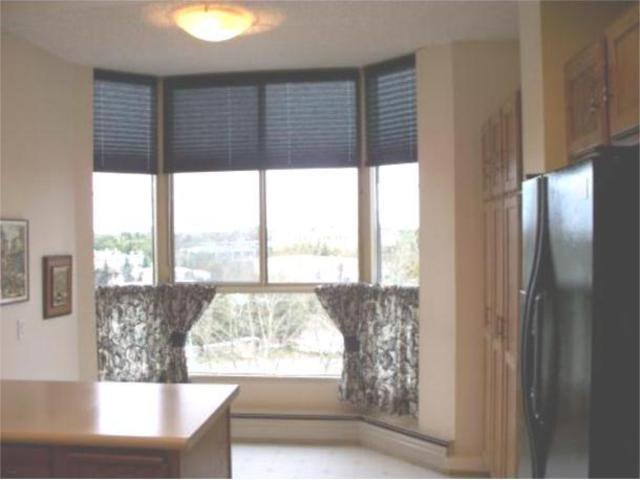 Photo 3: Photos:  in WINNIPEG: River Heights / Tuxedo / Linden Woods Condominium for sale (South Winnipeg)  : MLS®# 1000375