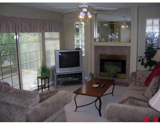 "Photo 4: Photos: 8407 165TH Street in Surrey: Fleetwood Tynehead House for sale in ""Tynehead Terrace"" : MLS®# F2818033"