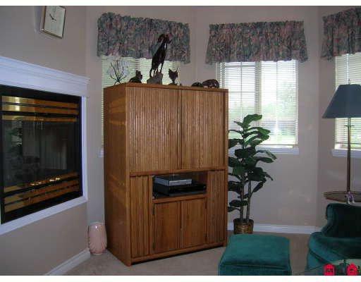 "Photo 7: Photos: 8407 165TH Street in Surrey: Fleetwood Tynehead House for sale in ""Tynehead Terrace"" : MLS®# F2818033"