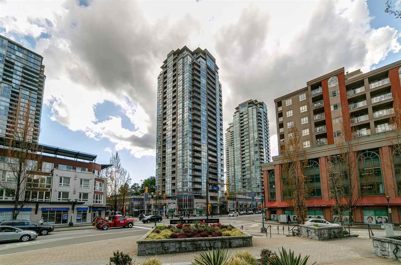"Main Photo: 303 2978 GLEN Drive in Coquitlam: North Coquitlam Condo for sale in ""Grand Central by Intergulf"" : MLS®# R2422757"