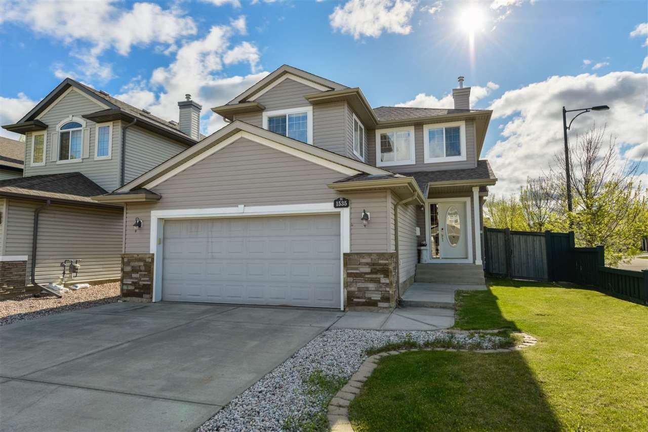 Main Photo: 1535 ROBERTSON Way in Edmonton: Zone 55 House for sale : MLS®# E4198869