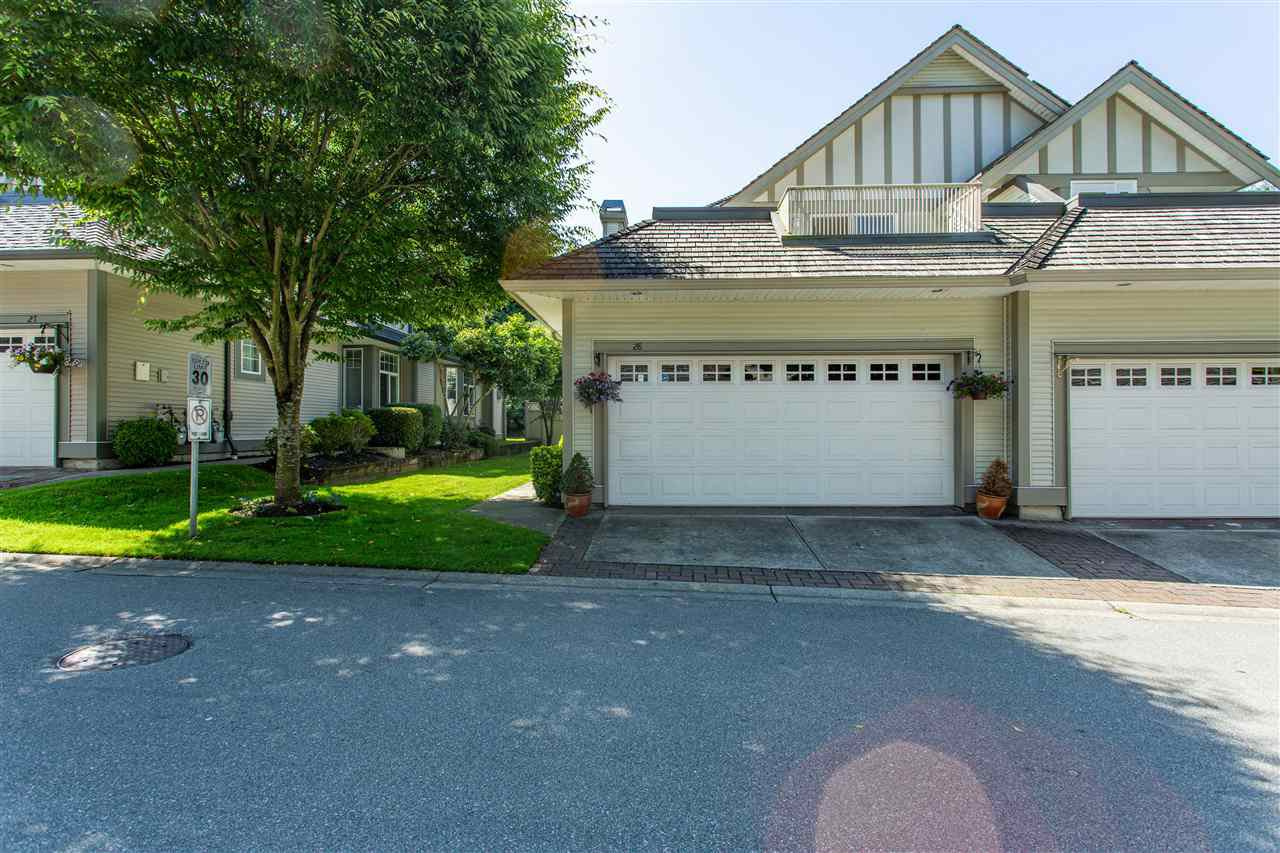 "Main Photo: 28 5811 122 Street in Surrey: Panorama Ridge Townhouse for sale in ""Lakebridge/Boundary Park"" : MLS®# R2480755"