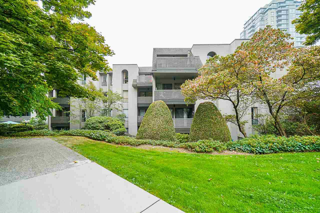 Main Photo: 116 1955 WOODWAY PLACE PLACE in Burnaby: Brentwood Park Condo for sale (Burnaby North)  : MLS®# R2498821