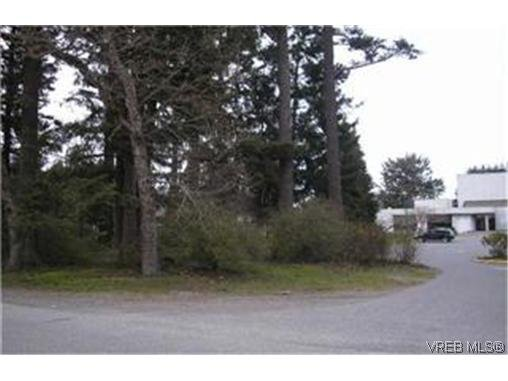 Main Photo:  in VICTORIA: Co Hatley Park Unimproved Land for sale (Colwood)  : MLS®# 426040