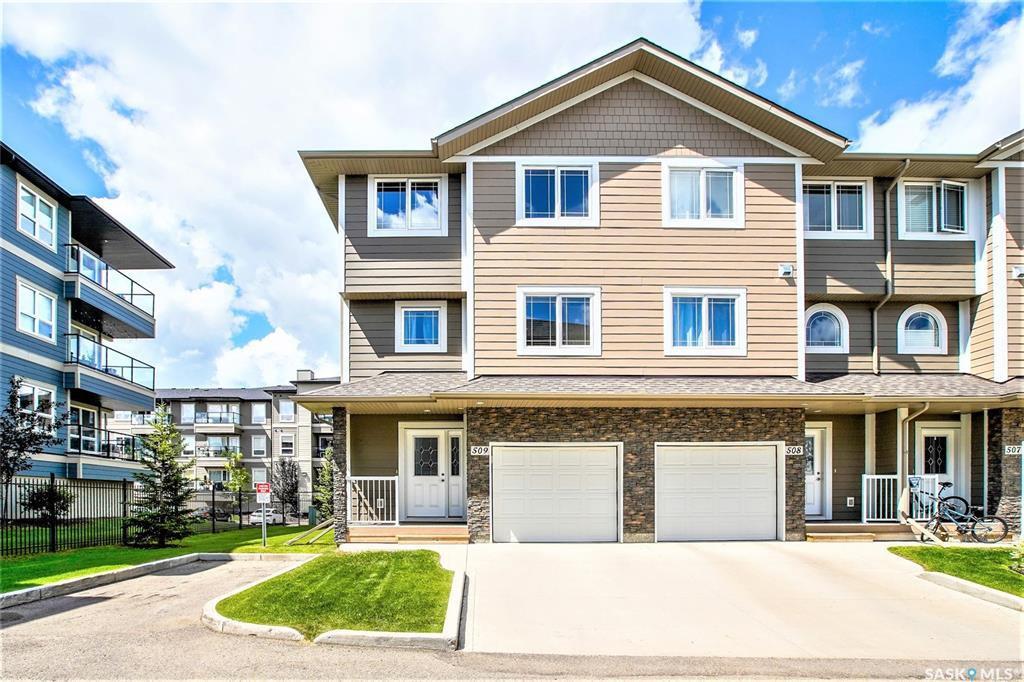 Main Photo: 509 212 Willis Crescent in Saskatoon: Stonebridge Residential for sale : MLS®# SK818230