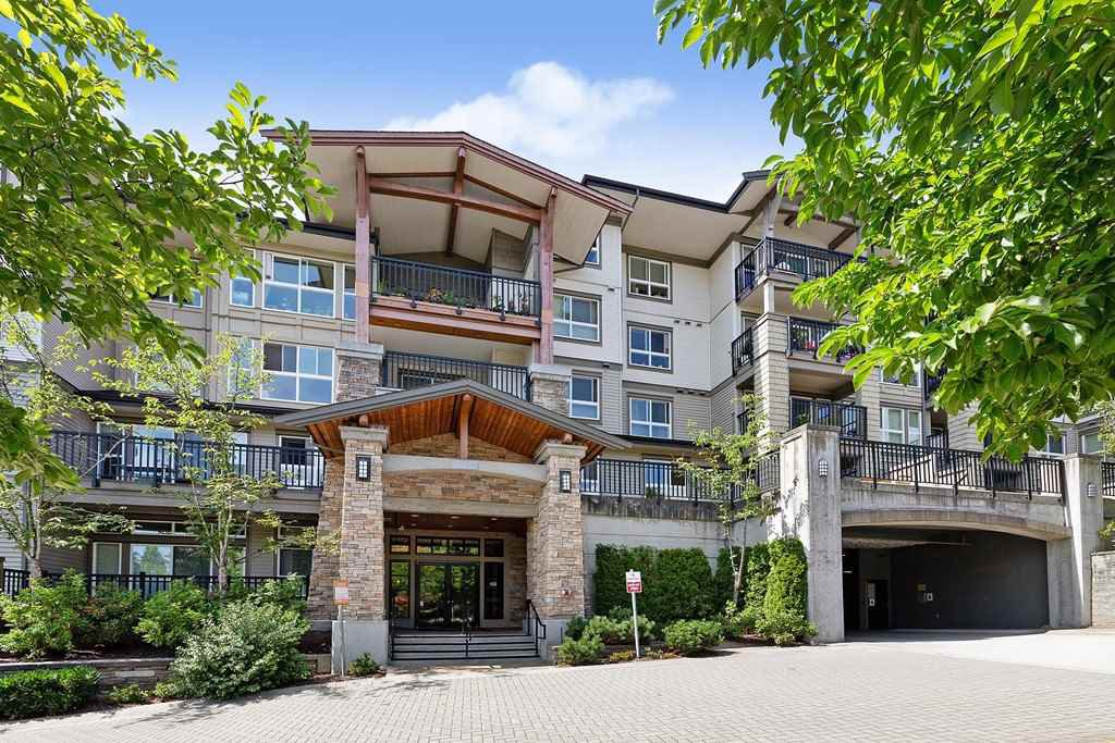 "Main Photo: 309 1330 GENEST Way in Coquitlam: Westwood Plateau Condo for sale in ""THE LANTERNS"" : MLS®# R2485800"
