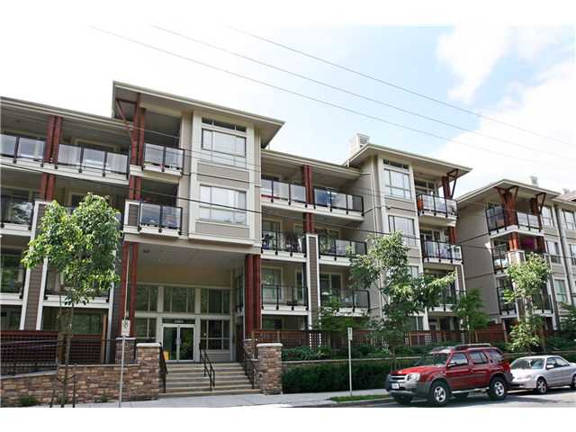 Main Photo: 210 2484 WILSON Avenue in Port Coquitlam: Central Pt Coquitlam Condo for sale : MLS®# V842169