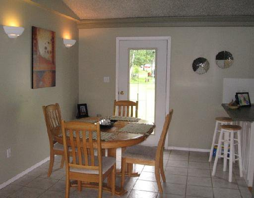 Photo 5: Photos: 5455 47TH Street in Fort_Nelson: Fort Nelson -Town House for sale (Fort Nelson (Zone 64))  : MLS®# N185454