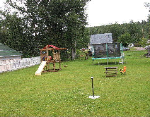 Photo 10: Photos: 5455 47TH Street in Fort_Nelson: Fort Nelson -Town House for sale (Fort Nelson (Zone 64))  : MLS®# N185454