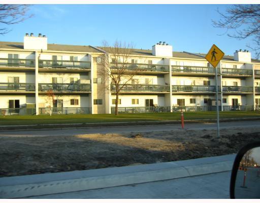 Main Photo: 1671 PLESSIS Road in WINNIPEG: Transcona Condominium for sale (North East Winnipeg)  : MLS®# 2820940