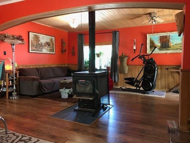 Photo 9: Photos: 7 W Richmond Street in Kawartha Lakes: Rural Eldon House (1 1/2 Storey) for sale : MLS®# X4551892