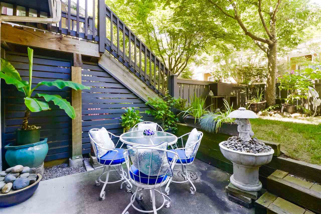 """Main Photo: 126 15236 36 Avenue in Surrey: Morgan Creek Townhouse for sale in """"Sundance by Adera"""" (South Surrey White Rock)  : MLS®# R2482353"""