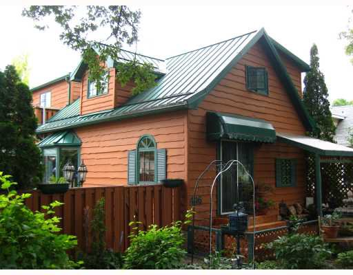 Main Photo: 446 LINWOOD Street in WINNIPEG: St James Residential for sale (West Winnipeg)  : MLS®# 2814165