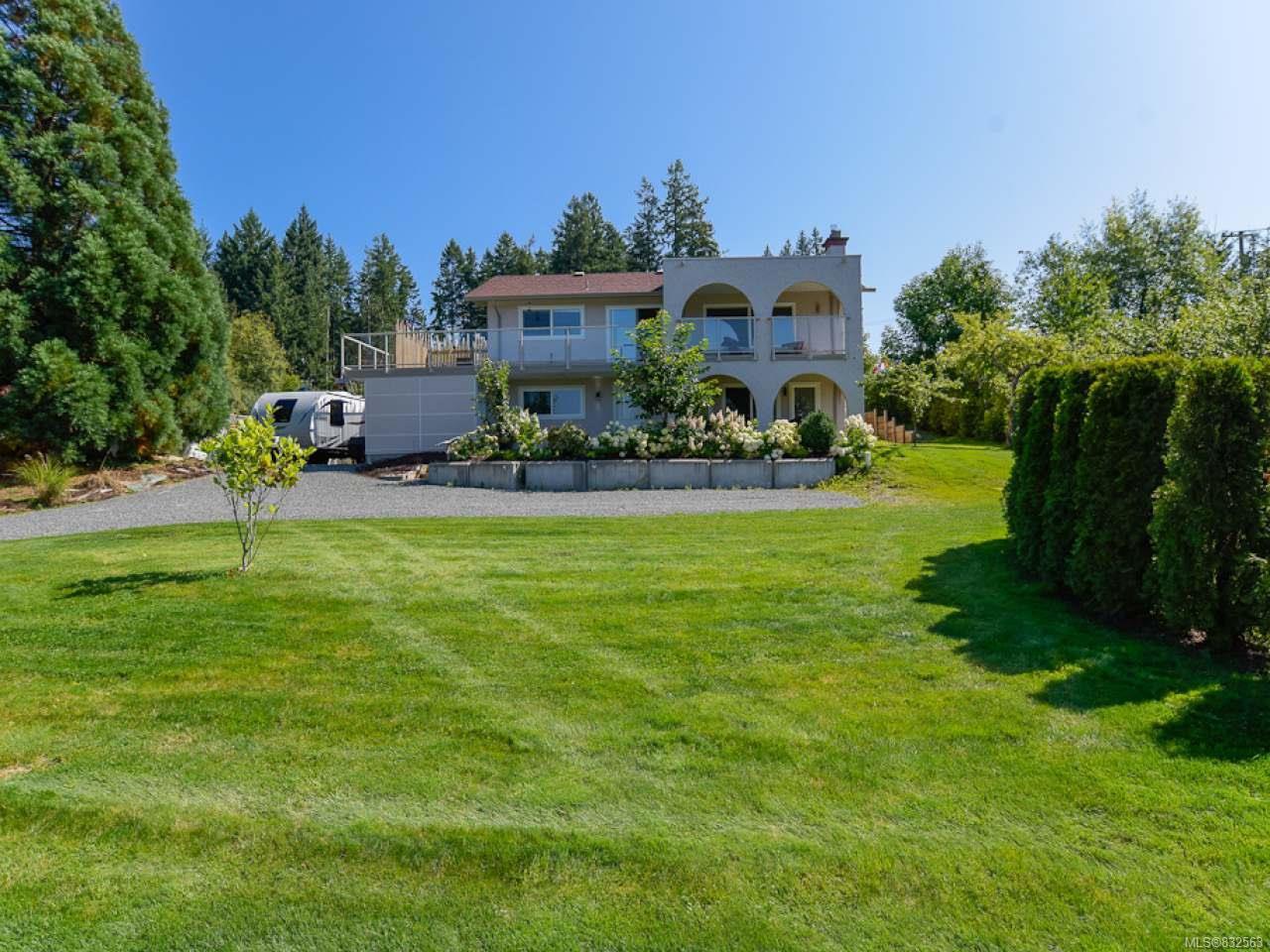 Main Photo: 1550 McDonald Rd in COMOX: CV Comox (Town of) House for sale (Comox Valley)  : MLS®# 832563