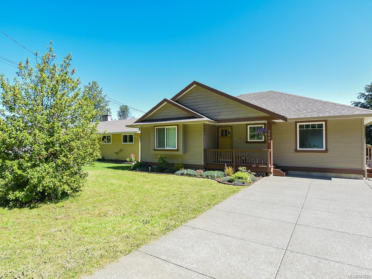 Main Photo: 2098 Arden Rd in COURTENAY: CV Courtenay City House for sale (Comox Valley)  : MLS®# 840528