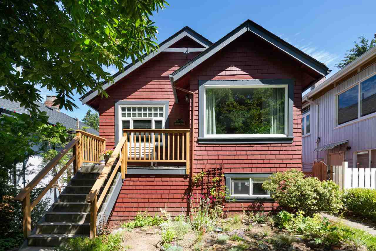 Main Photo: 3338 INVERNESS Street in Vancouver: Knight House for sale (Vancouver East)  : MLS®# R2472612