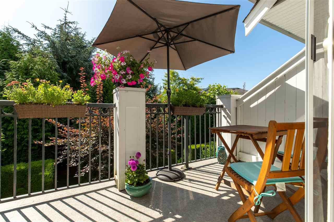 Main Photo: 85 20449 66 AVENUE in Langley: Willoughby Heights Townhouse for sale : MLS®# R2477167