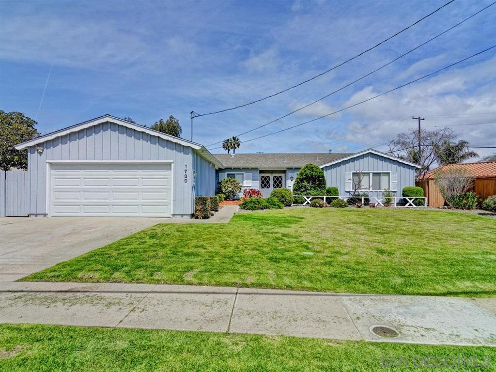 Main Photo: PACIFIC BEACH House for sale : 3 bedrooms : 1730 Los Altos Way in San Diego