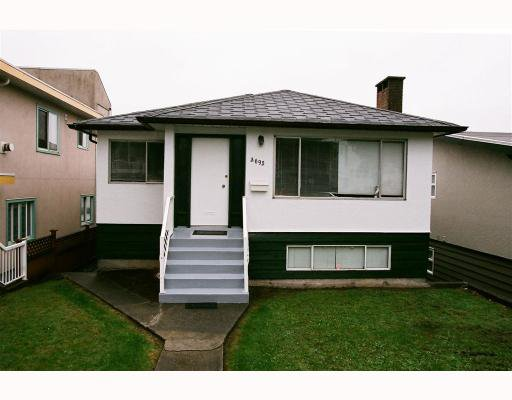 "Main Photo: 3695 NANAIMO Street in Vancouver: Grandview VE House for sale in ""GRANDVIEW"" (Vancouver East)  : MLS®# V790977"