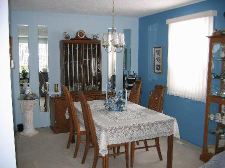 Photo 3: Photos: 28 Addison Cres. in : MB RED for sale : MLS®# 2602722