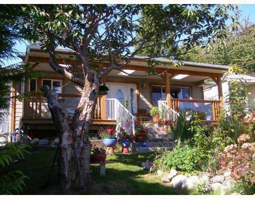 Photo 1: Photos: 605 MARTIN Road in Gibsons: Gibsons & Area House for sale (Sunshine Coast)  : MLS®# V734747