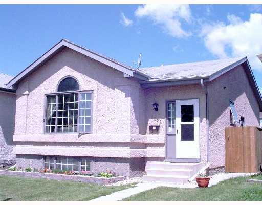 Main Photo: 1105 DEVONSHIRE Drive West in WINNIPEG: Transcona Residential for sale (North East Winnipeg)  : MLS®# 2811369