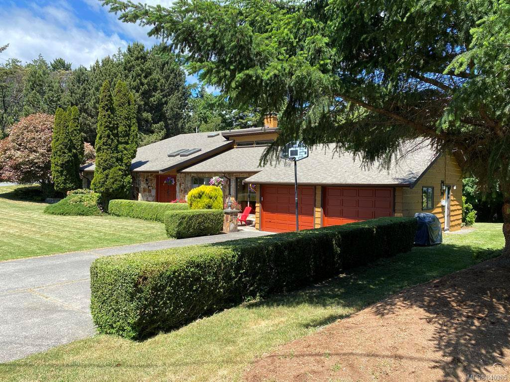 Main Photo: 3860 Graceland Dr in Metchosin: Me Albert Head House for sale : MLS®# 840985
