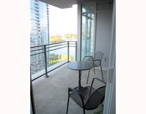 """Photo 8: Photos: 1901 1205 HASTINGS Street in Vancouver: Coal Harbour Condo for sale in """"THE CIELO"""" (Vancouver West)  : MLS®# V790471"""