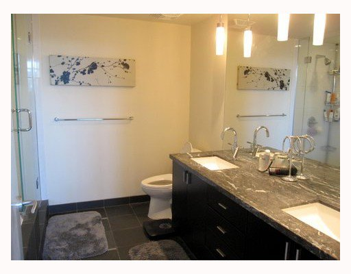 """Photo 9: Photos: 1901 1205 HASTINGS Street in Vancouver: Coal Harbour Condo for sale in """"THE CIELO"""" (Vancouver West)  : MLS®# V790471"""
