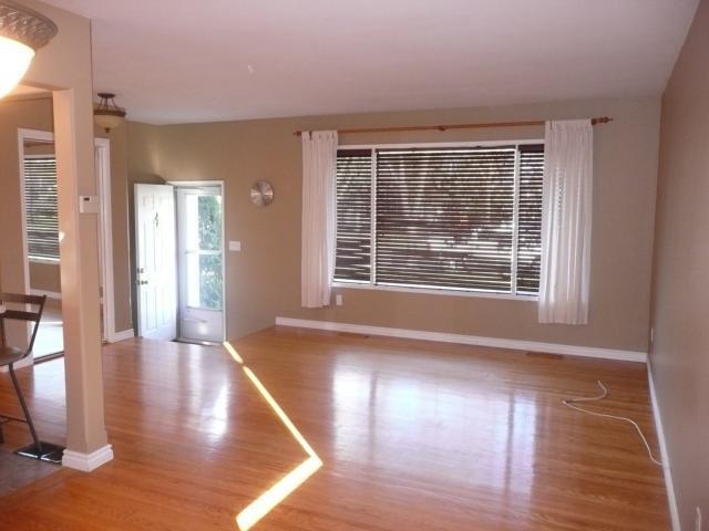 Photo 2: Photos: 1006 Cavalier Drive in WINNIPEG: Westwood / Crestview Residential for sale (West Winnipeg)  : MLS®# 1020514