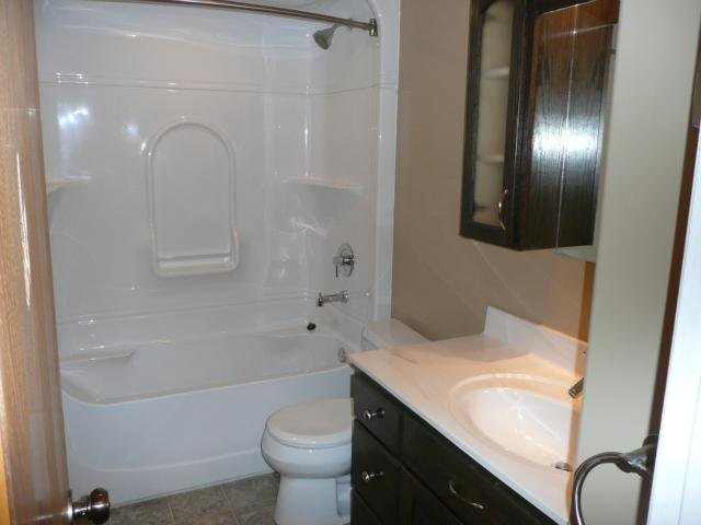 Photo 11: Photos: 1006 Cavalier Drive in WINNIPEG: Westwood / Crestview Residential for sale (West Winnipeg)  : MLS®# 1020514