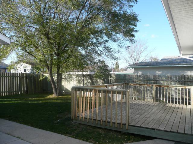 Photo 16: Photos: 1006 Cavalier Drive in WINNIPEG: Westwood / Crestview Residential for sale (West Winnipeg)  : MLS®# 1020514