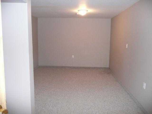 Photo 14: Photos: 1006 Cavalier Drive in WINNIPEG: Westwood / Crestview Residential for sale (West Winnipeg)  : MLS®# 1020514