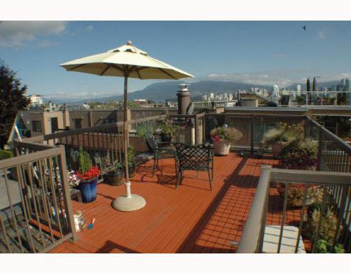 Main Photo: 11 1263 W 8TH Avenue in Vancouver: Fairview VW Townhouse for sale (Vancouver West)  : MLS®# V777797
