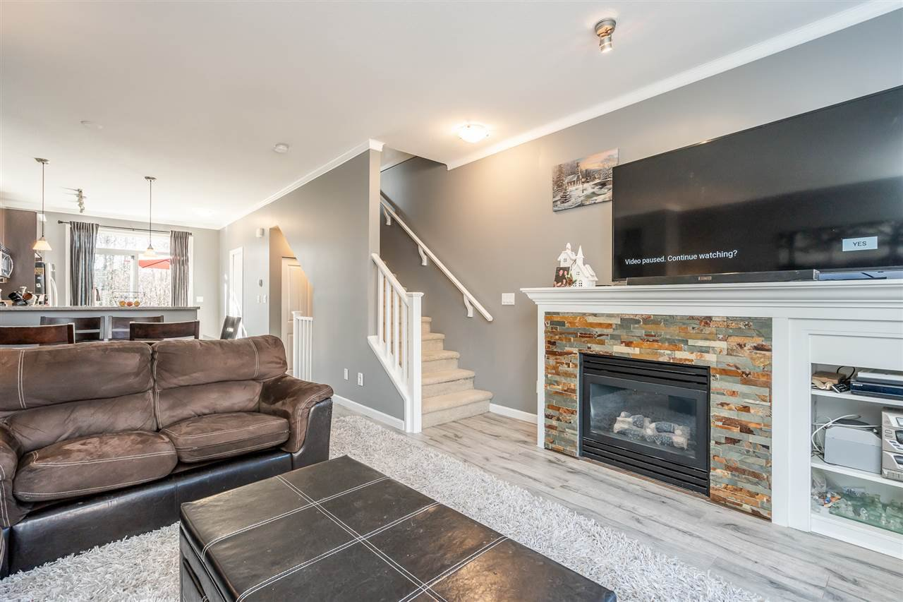 """Photo 9: Photos: 103 18777 68A Avenue in Surrey: Clayton Townhouse for sale in """"Compass"""" (Cloverdale)  : MLS®# R2444113"""