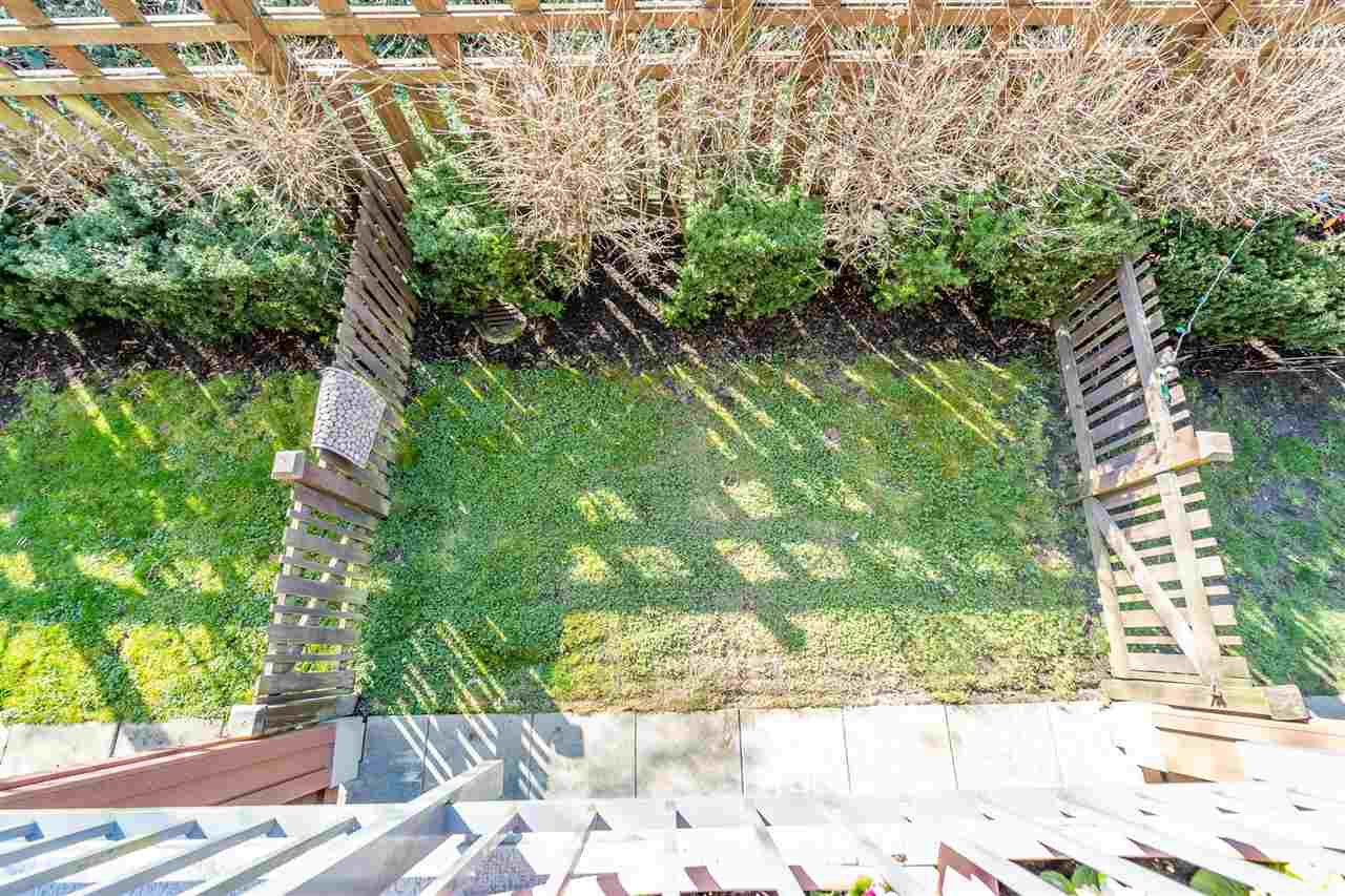 """Photo 18: Photos: 103 18777 68A Avenue in Surrey: Clayton Townhouse for sale in """"Compass"""" (Cloverdale)  : MLS®# R2444113"""