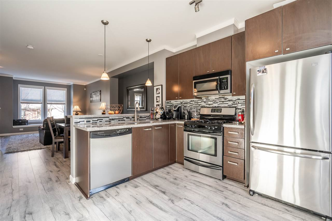 """Photo 6: Photos: 103 18777 68A Avenue in Surrey: Clayton Townhouse for sale in """"Compass"""" (Cloverdale)  : MLS®# R2444113"""