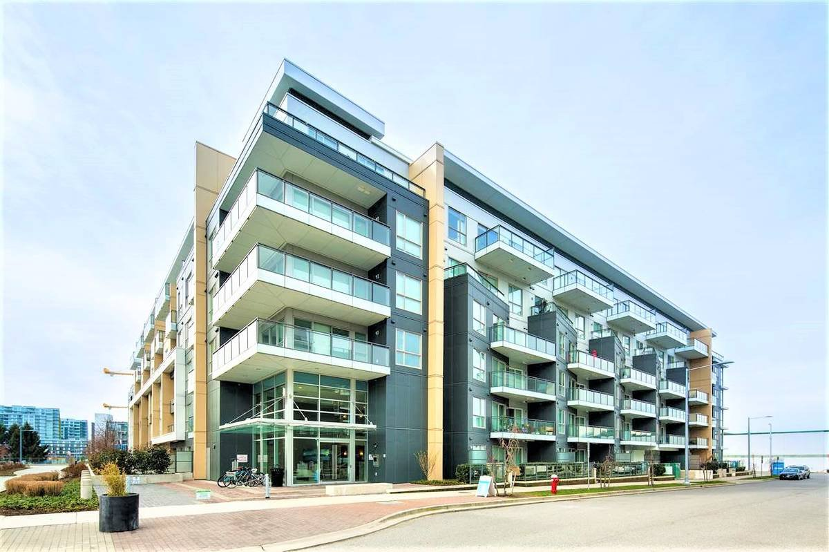 Main Photo: : Richmond Condo for rent : MLS®# AR034