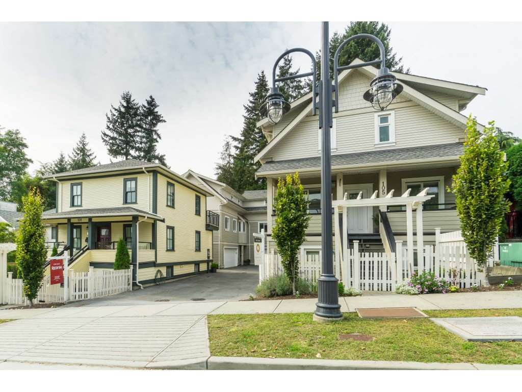 """Main Photo: 102 218 BEGIN Street in Coquitlam: Maillardville Townhouse for sale in """"Begin Square"""" : MLS®# R2504206"""