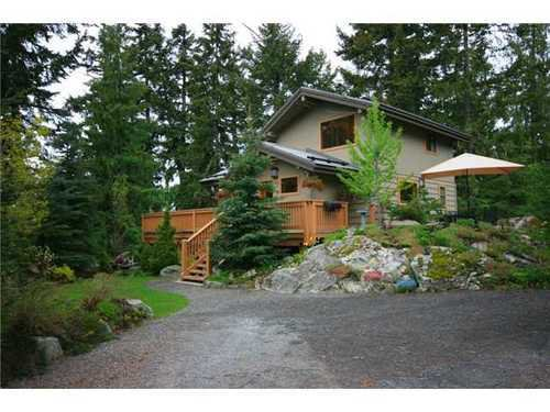 Main Photo: 9536 EMERALD Drive in Whistler: Home for sale : MLS®# V831889