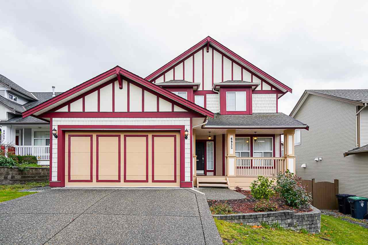 """Main Photo: 6932 197B Street in Langley: Willoughby Heights House for sale in """"Providence"""" : MLS®# R2517449"""